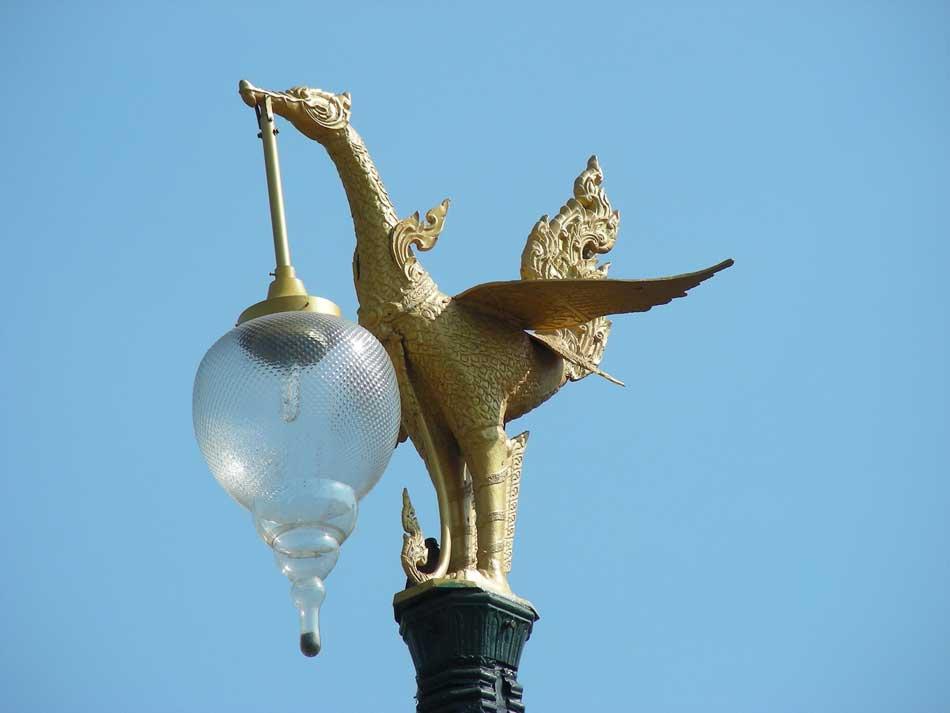 lampadaires mythologiques