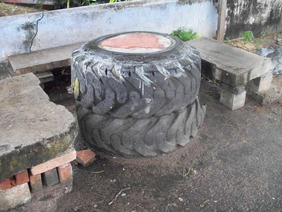 table en pneu