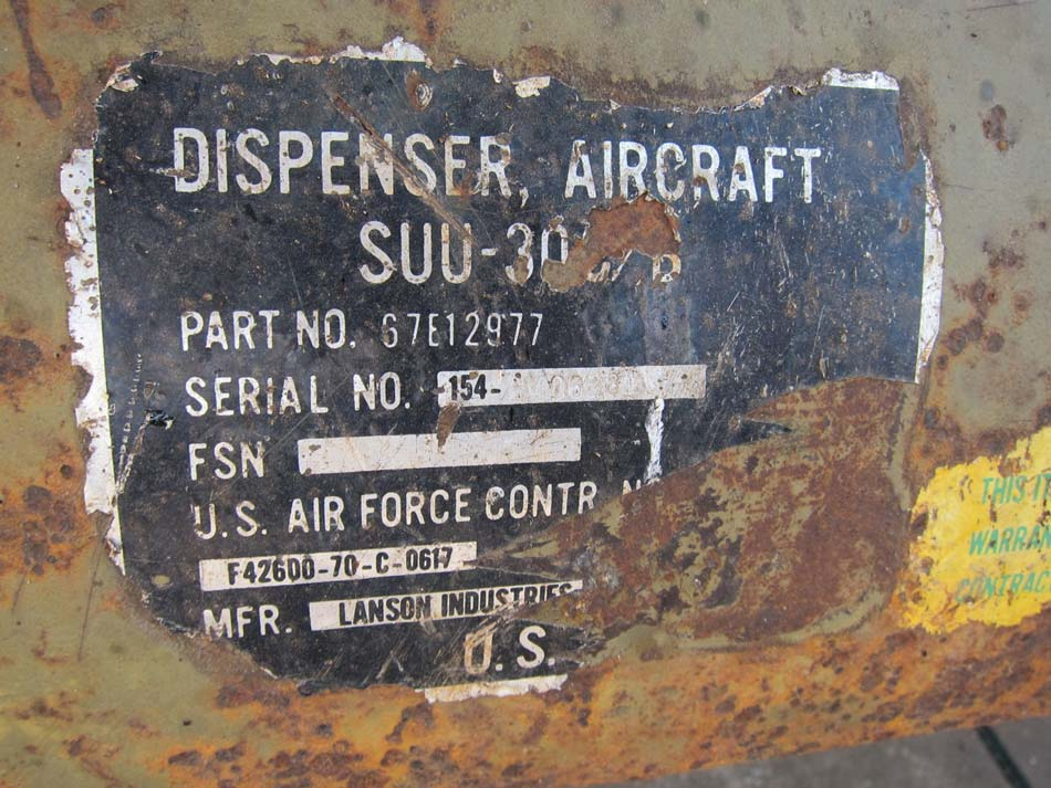 dispenser aircraft