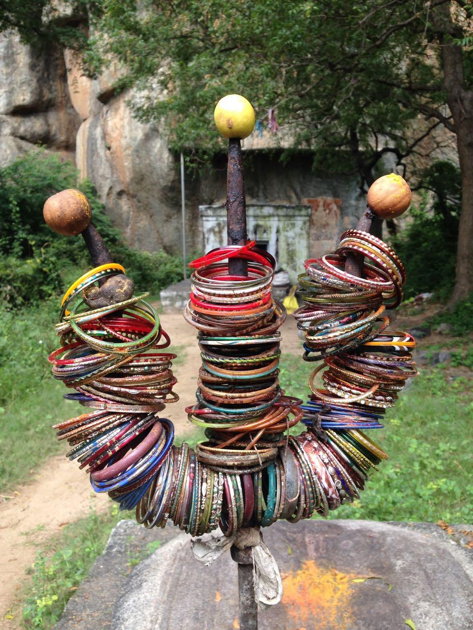 trident et bracelets